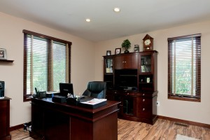 7-Golf-View-Drive-Home-Office1-300x200
